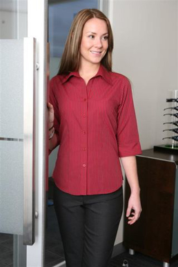 Picture of LSJ collection-2172-SS-Ladies 3/4 sleeve semi fitted shirt